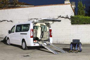 Elevación de techo para taxi adaptado