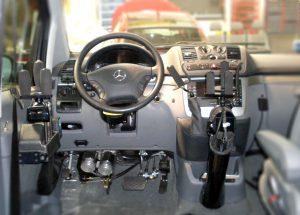 Vehículos adaptados para conducción desde la silla de ruedas